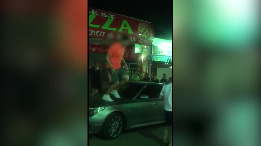 Mira las imágenes de turistas violando normas por covid-19