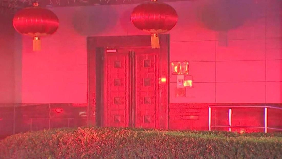 China condena cierre de su consulado en Houston