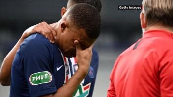 """El PSG """"tiembla"""" con la lesión de Mbappé"""