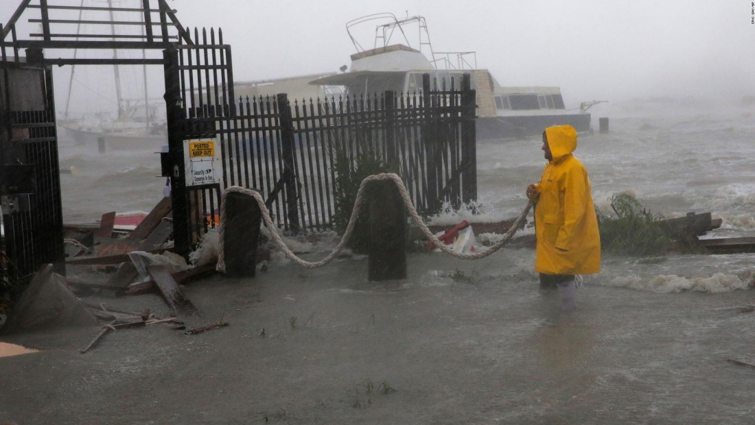 La tormenta Hanna afecta Texas y al norte de México