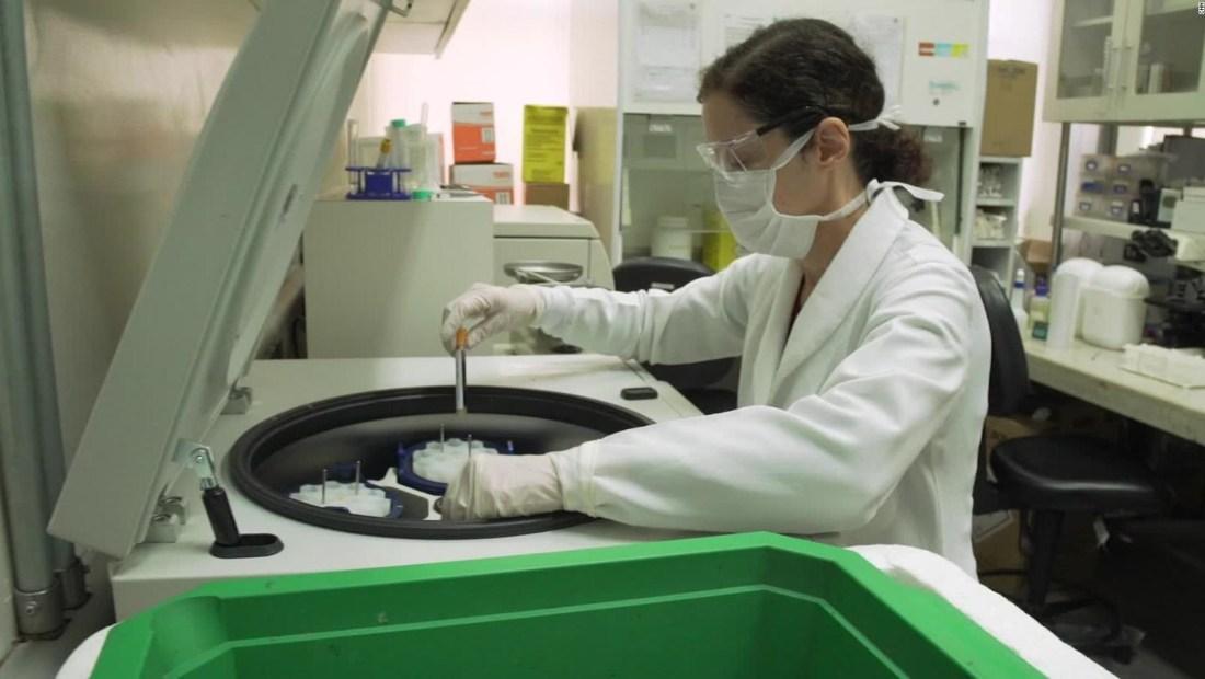 Vacunas son probadas en trabajadores de la salud en Brasil