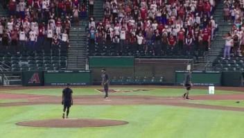 Los fanáticos virtuales llegan a los estadios de la MLB