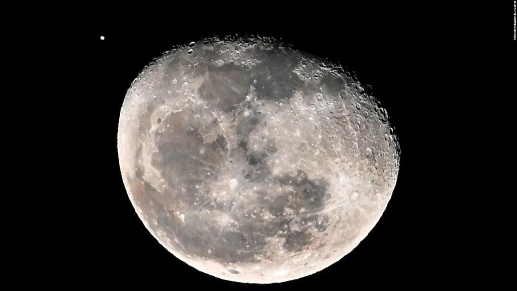 La NASA quiere comprar rocas lunares