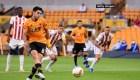 Raúl Jiménez busca la consolidación en la Liga Premier
