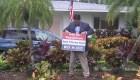 Este grupo de republicanos busca votos para Joe Biden