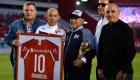 Bochini: Es un orgullo ser el ídolo de Maradona