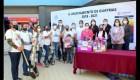 Polémica por entrega de palas a madres de desaparecidos