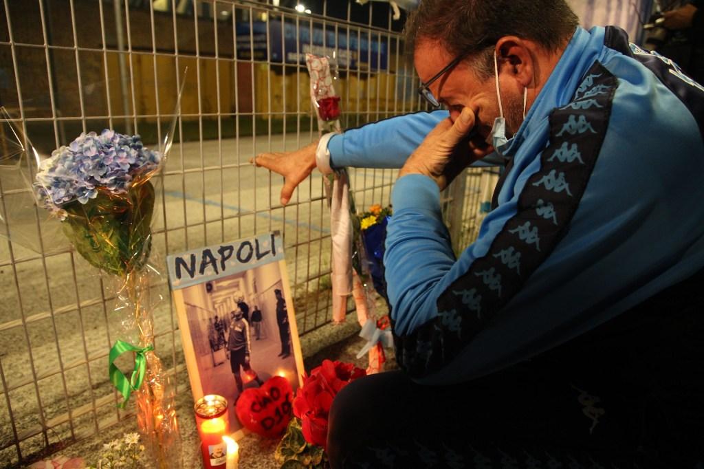 Así fue el homenaje del Napoli a Maradona