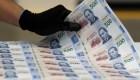 Gobierno de México sube salario mínimo y deja pendiente el apoyo a las empresas