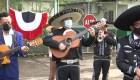 Mariachis protestan cantando en Panamá