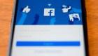 Facebook busca reducir el contenido político