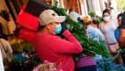 Florería ve con tristeza el aumento en sus ventas