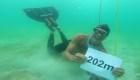 Nuevo récord de apnea: 202 metros bajo el agua