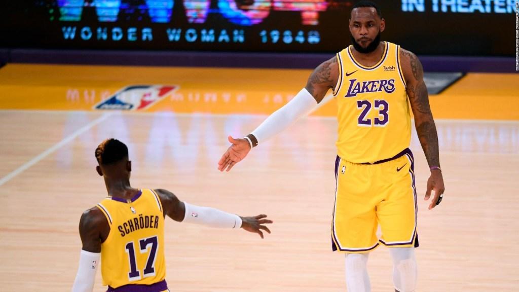 ¿Por qué hizo LeBron James un tiro de 3 puntos sin mirar?