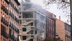 Reportan explosión en un edificio en Madrid