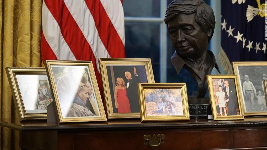 Confunden el busto de César Chávez con el expresidente de Venezuela, Hugo Chávez