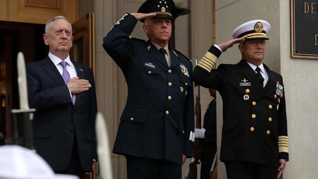 AMLO: Deberían investigar quién integró caso Cienfuegos