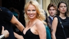 Es tendencia: Pamela Anderson se casó en Nochebuena