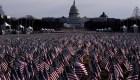 Miles de banderas cubren el Capitolio para la toma de posesión de Biden