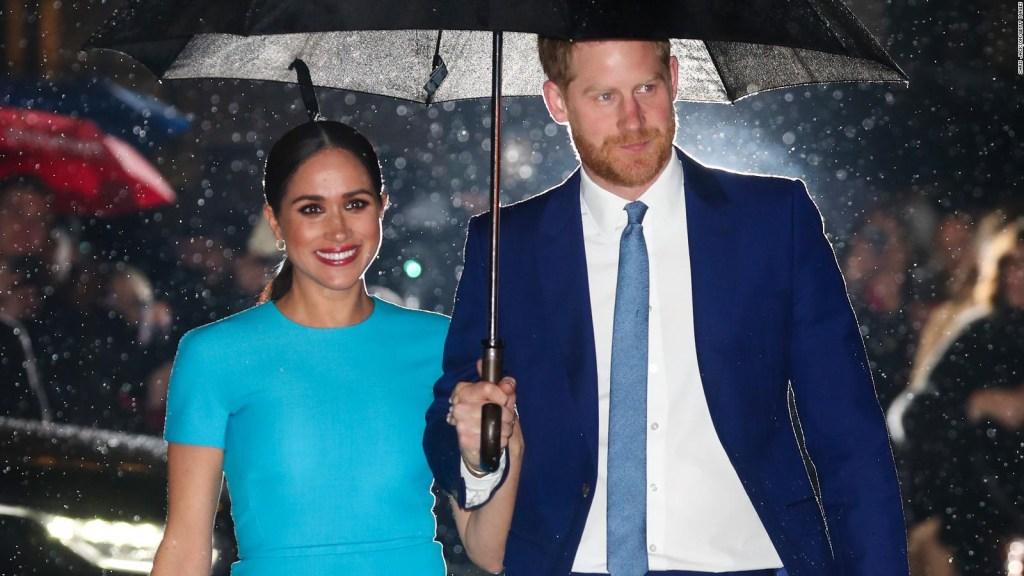 Harry y Meghan ayudan a refugio afectado por tormenta invernal