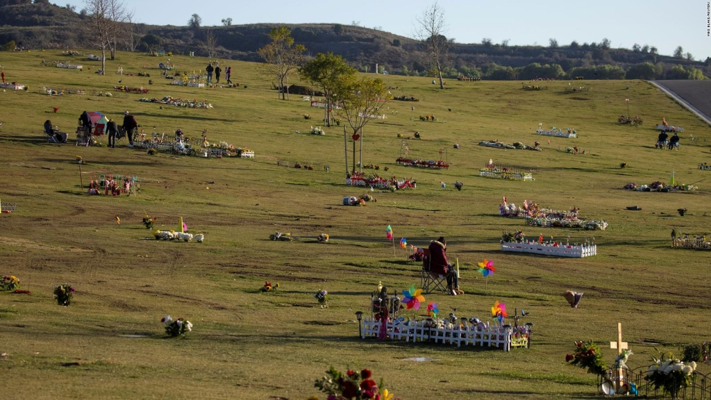 El cementerio más grande de EE.UU. refrigera cuerpos