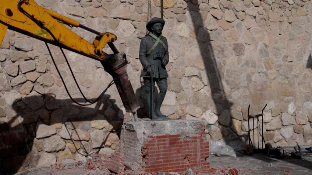 Remueven la última estatua de Francisco Franco
