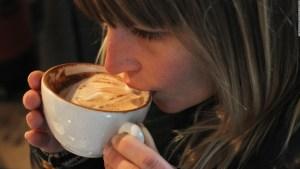 Esto es lo que puede hacer el café con tu cerebro