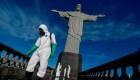 Contagiados de covid-19 deberán portar brazaletes en Brasil