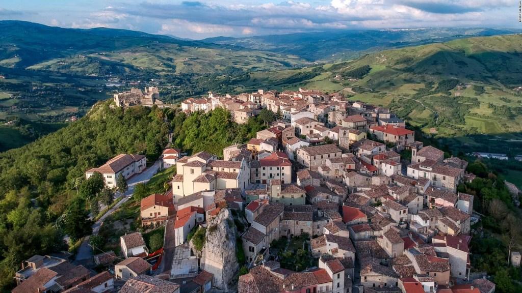 Conoce los problemas con las casas de US$ 1 en Italia