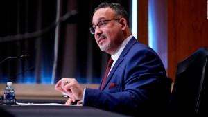 Miguel Cardona, nuevo secretario de Educación de EE.UU.