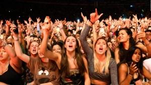 Experimentan con festivales y conciertos en Países Bajos