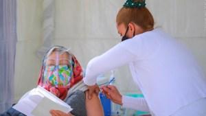 Dr. Elmer Huerta: Ponga el hombro a la vacuna contra el covid-19 que le ofrezcan