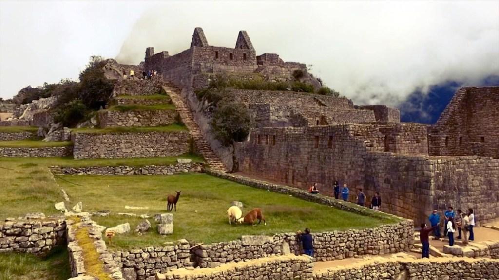 Perú reabre Machu Picchu a turistas