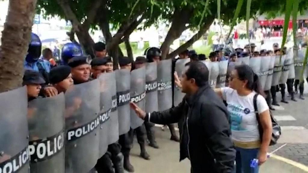 Periodistas firman por la libertad de prensa en Nicaragua