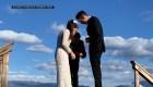 Buzo debió rescatar anillo de bodas que cayó a un lago