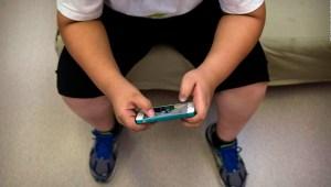 Niños suben de peso dramáticamente durante la pandemia