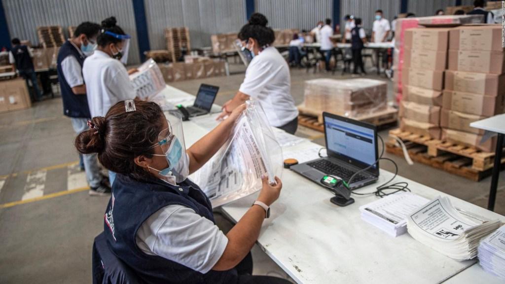 Perú elige presidente y al parlamento