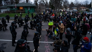 Protestas tras muerte de hombre negro en Minnesota