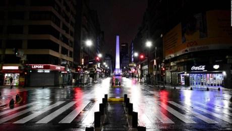 Comienzan las restricciones nocturnas en Argentina