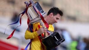 Messi brilla y sonríe en la Copa del Rey