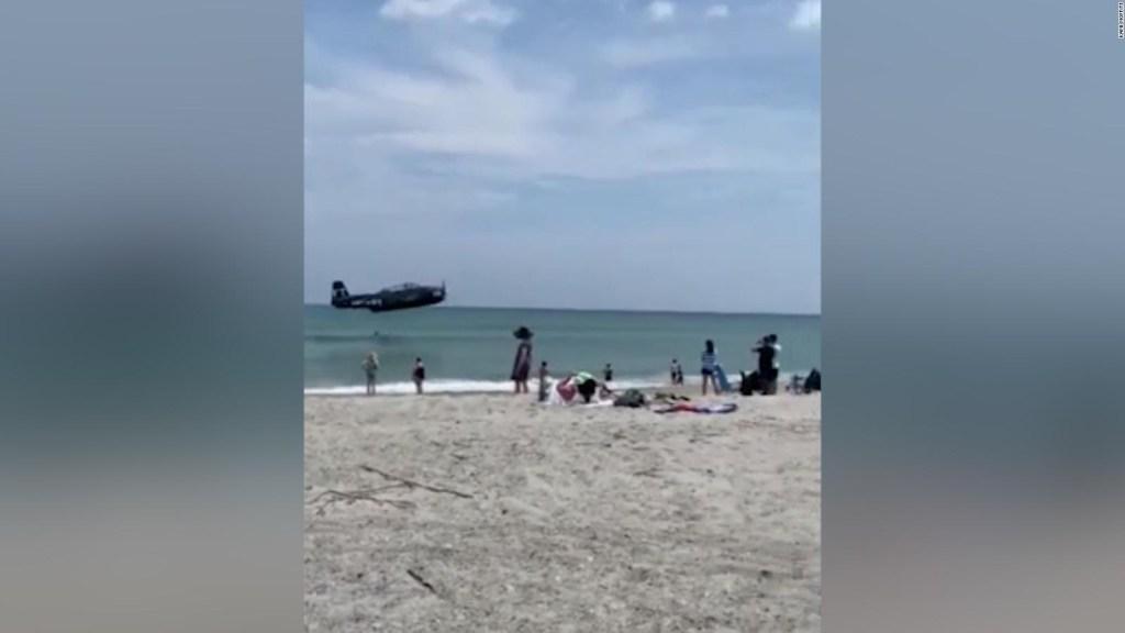 Video: avión aterrizó de emergencia en playa de Florida
