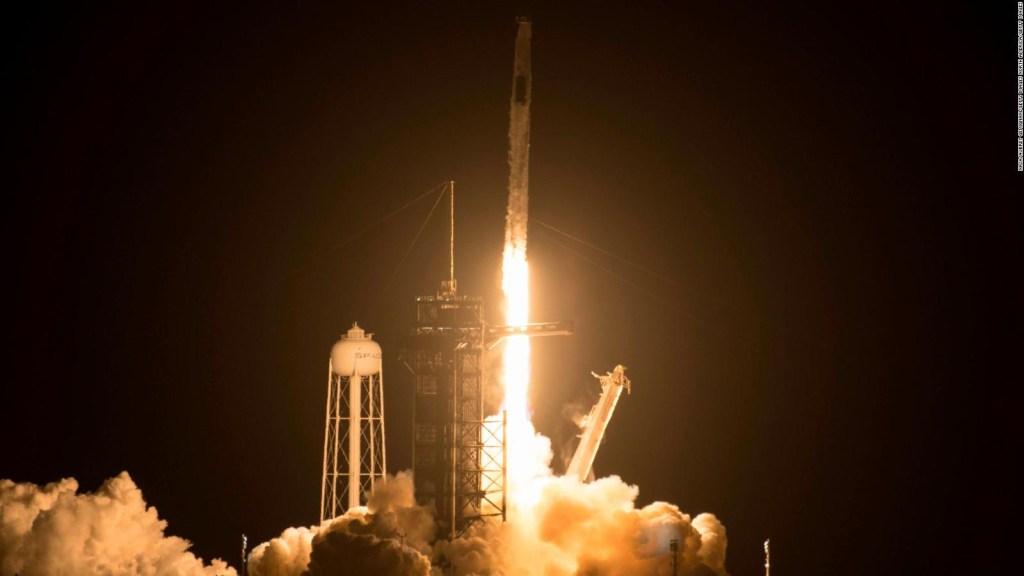 Las actividades del Crew Dragon en la Estación Espacial