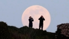 Así se vio la superluna rosa en América Latina