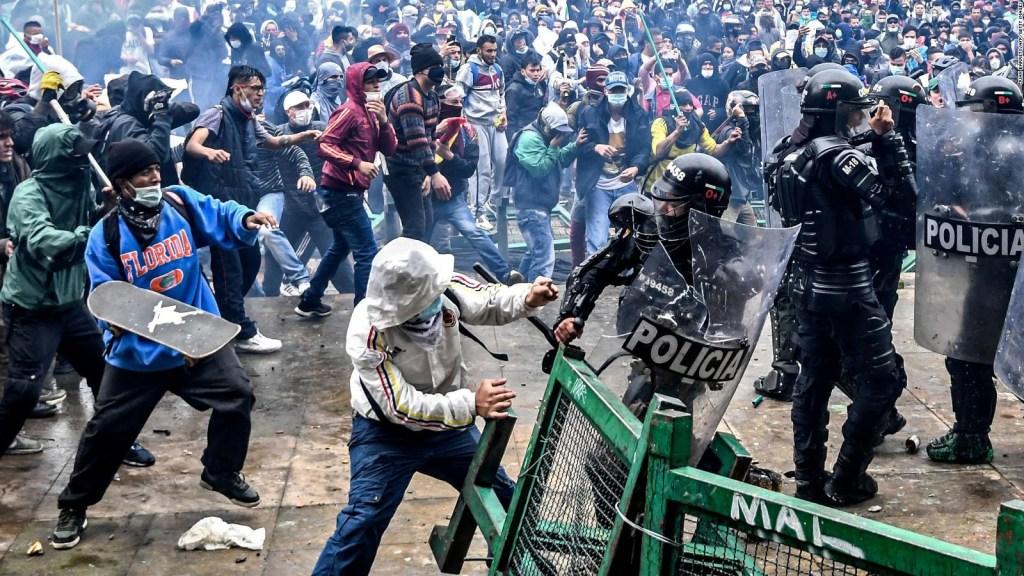 ¿Qué justicia enfrentarían policías investigados en Colombia?