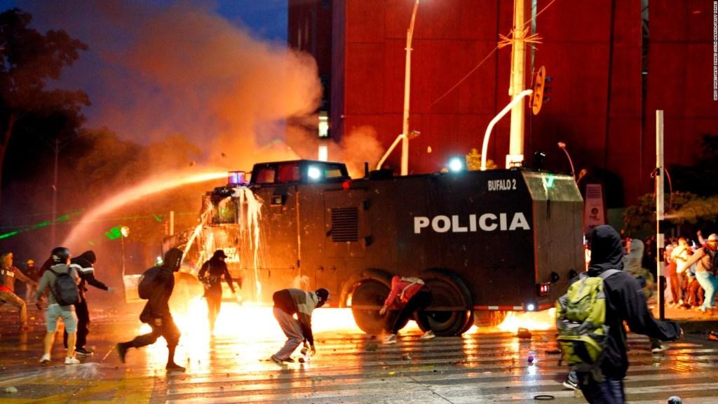 Cali, azotada por violencia y bloqueos de crisis en Colombia