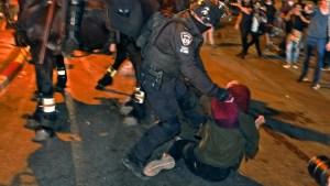 Decenas de palestinos heridos por violencia en Jerusalén