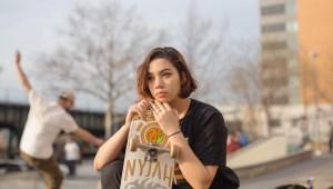 Retratos de mujeres que practican el monopatín