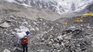 Crisis en el Everest por covid-19: escaladores temen contagios