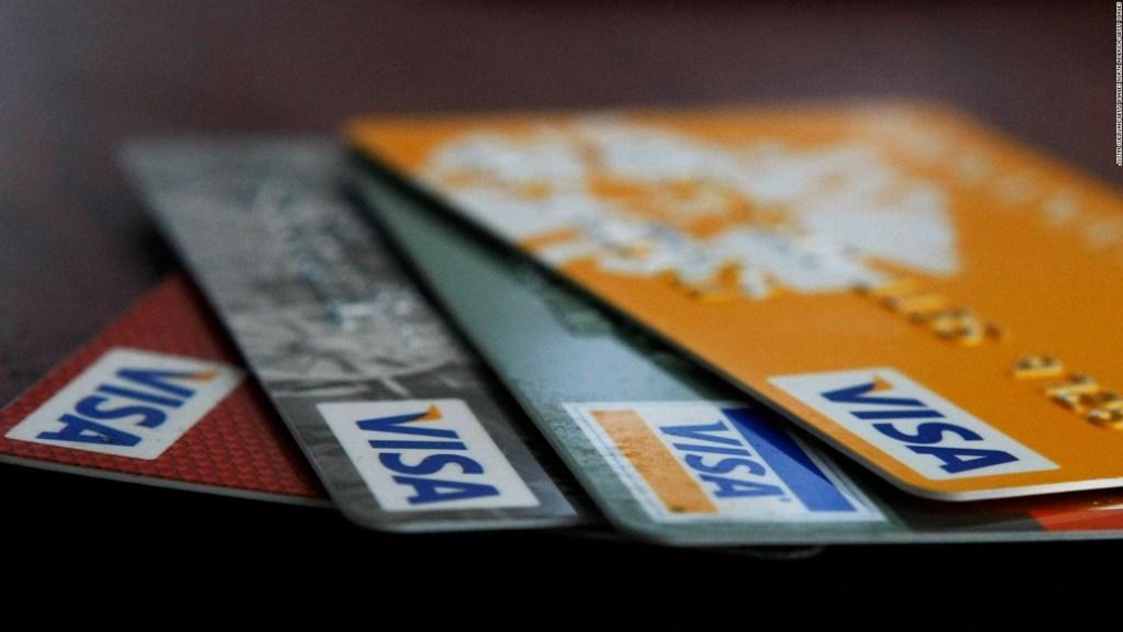 Bancos buscan facilitar acceso a tarjetas de crédito