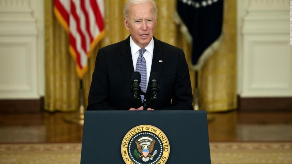 Biden: EE.UU. compartirá más vacunas contra el covid-19